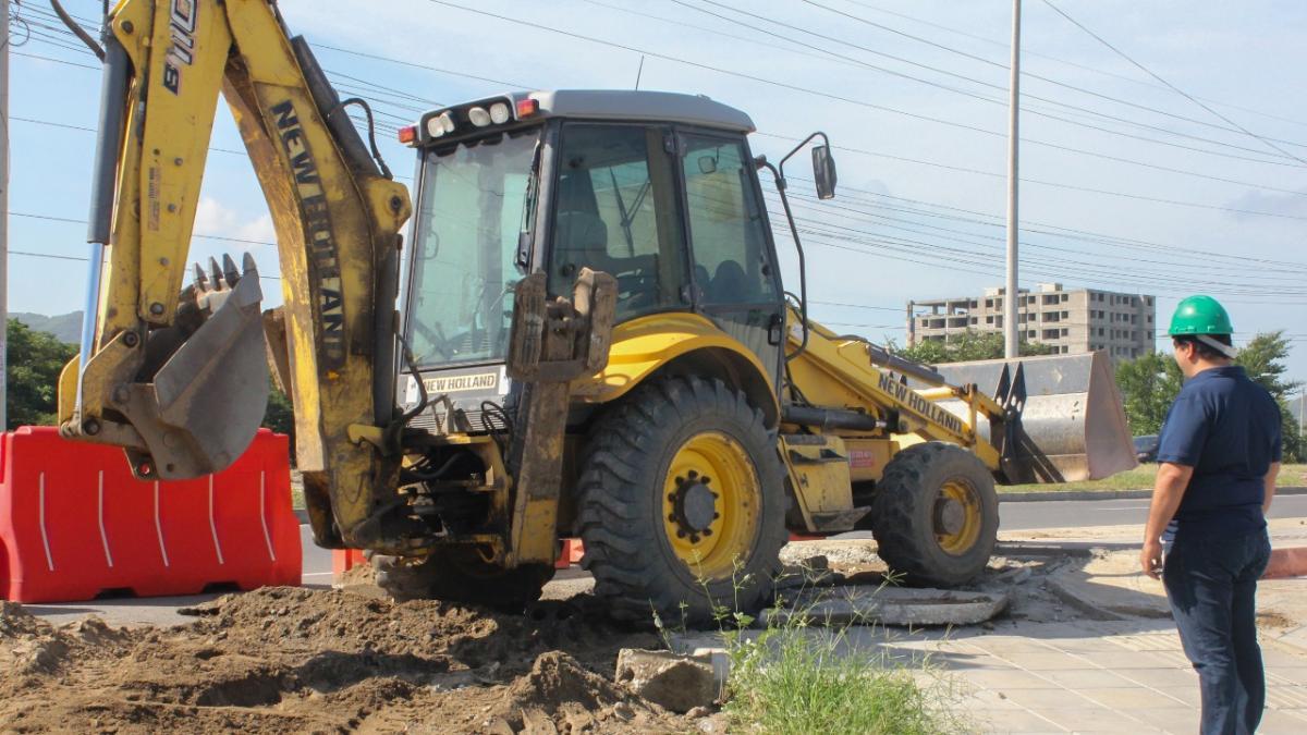 Alcaldía del Cambio respalda obras de mitigación en la UCC